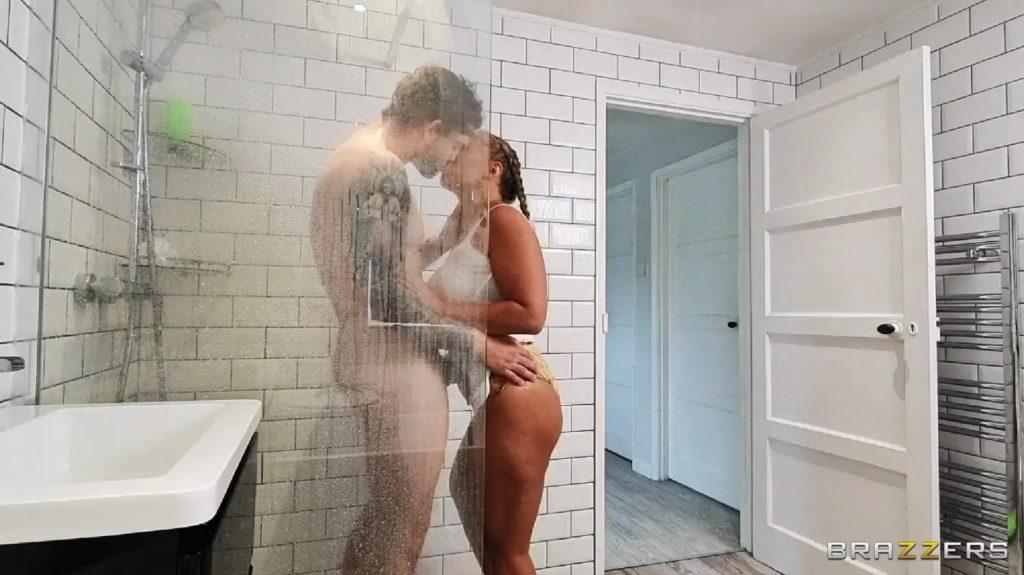 Shower Pranking Sex 2